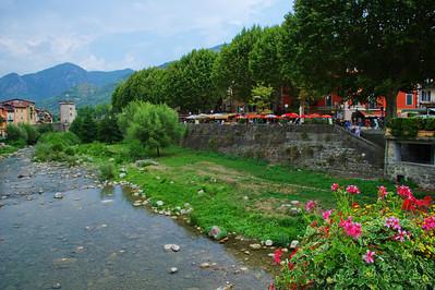 Sospel_Along-River_Village-gate_LAN4307