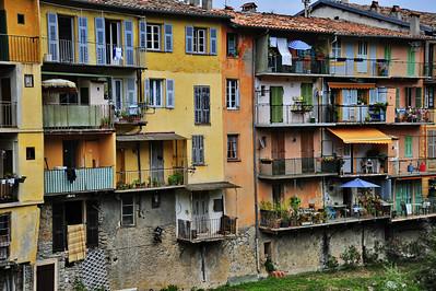 Sospel_Apartment_wall_HDR4033