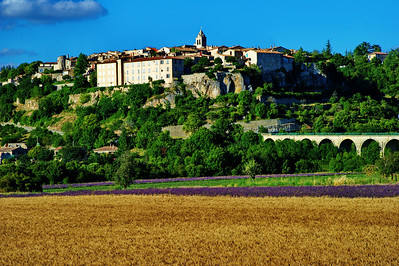 Sault is surrounded by lavender and wheat fields.  The village is perched on a high ridge with views of the farms and valley below.