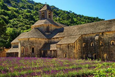 Senaque Abbey
