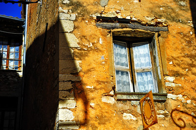 Tourrettes_window_Gold_D3S3856