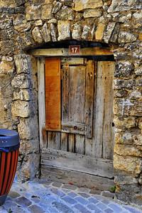 Tourrettes_French_door_D3S3864