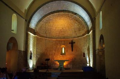 Tourtour church interior