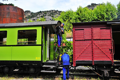 Train_des_Pignes_Hooking-up_cars_BIF4271