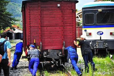 Train_des_Pignes_Pushing_Boxcar_BIF4222