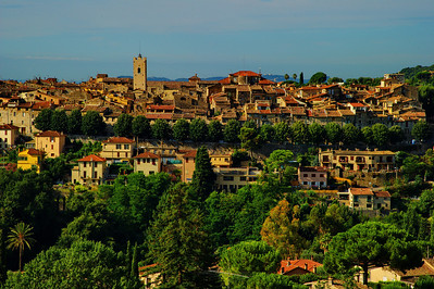 Vence:  Old town across the gorge