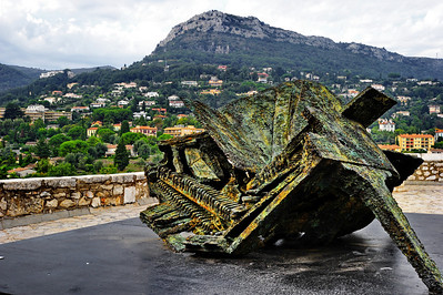 Vence outdoor art