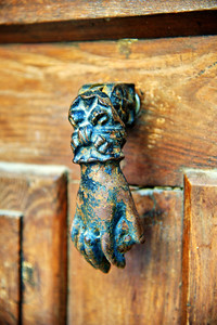 Hand of Fatima door knocker
