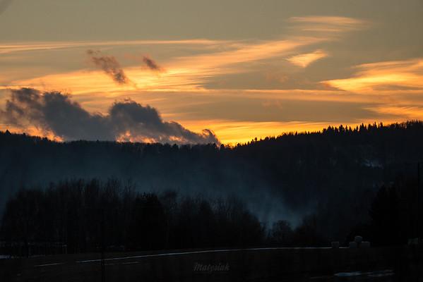 Chmury, dymy, baloty