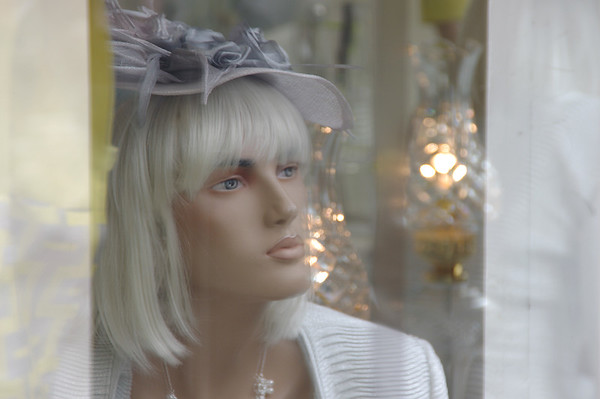 Platinum glance.