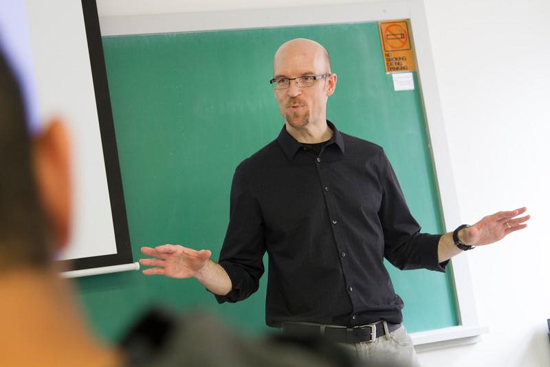 PSY_classroom_Paul WIndschitl_STU_2015_8220