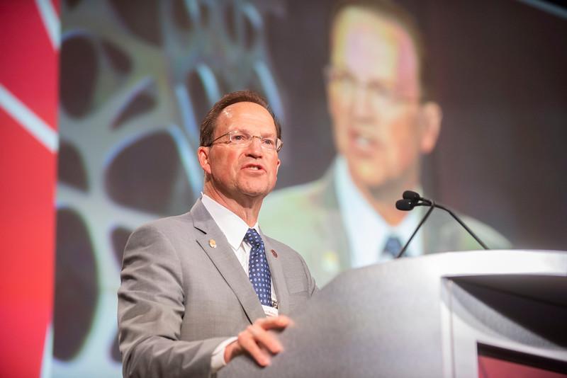 David A. Halsey during Symposium T (Dr. Halsey's)
