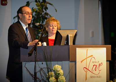 2011 Arms of Love Banquet - Hosts Dale and Jan Blachford