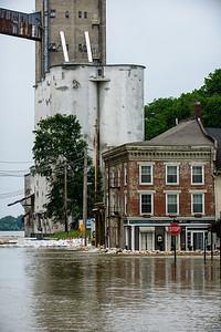 2013 06 04 65 Alton Riverfront Flood