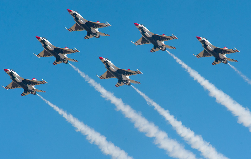 The Thunder Birds perform in front of a big crowd at Hill Air Force Base. In Layton On June 29, 2014 (BRIAN WOLFER/Standard-Examiner)