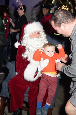 12-08-19-Christmas With Chris & Family-12