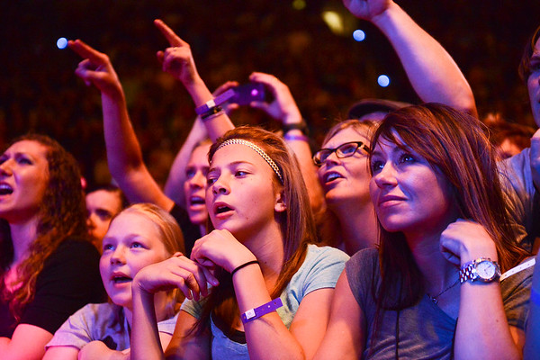 Fans star stuck by watching Imagine Dragons concert. At the Dee Events Center In Ogden. On October 23 2013. (Brian Wolfer Special to the Standard-Examiner)