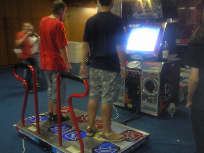 Pump It Up! Exceed 2 Arcade cabinet, 2