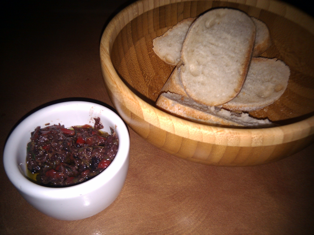 Fresca - Bread with Olive Tampanade