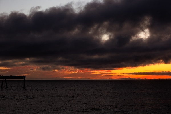 #manorpier #pacifica #sunset #darkness