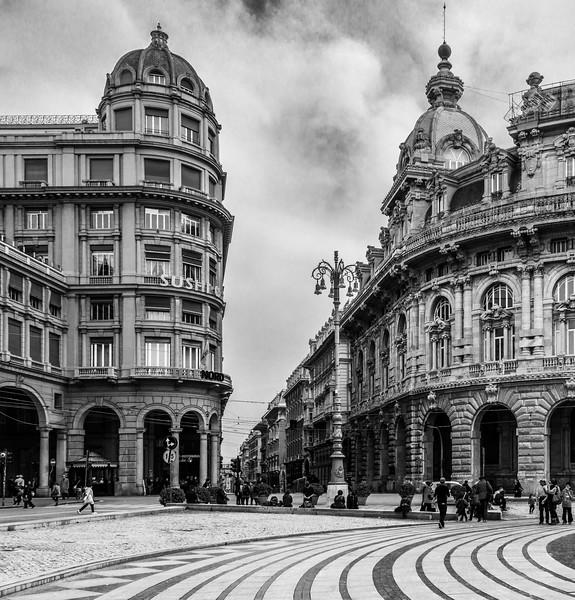 Genoa Plaza in B&W