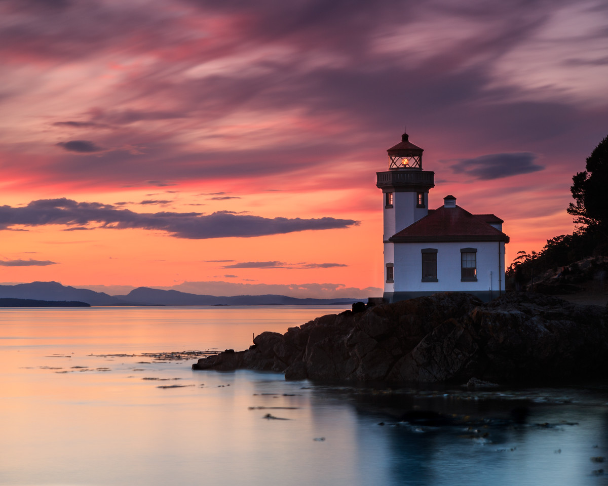 Orange sunset at Lime Kiln Lighthouse (L)