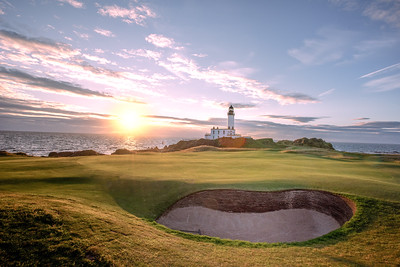 Trump Turnberry 9th Hole at sunset