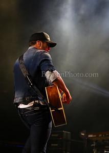 Luke Bryan: Kick The Dust Up Tour - Dallas