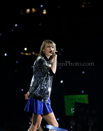 Taylor Swift - The 1989 World Tour - AT&T Stadium - Arlington, TX