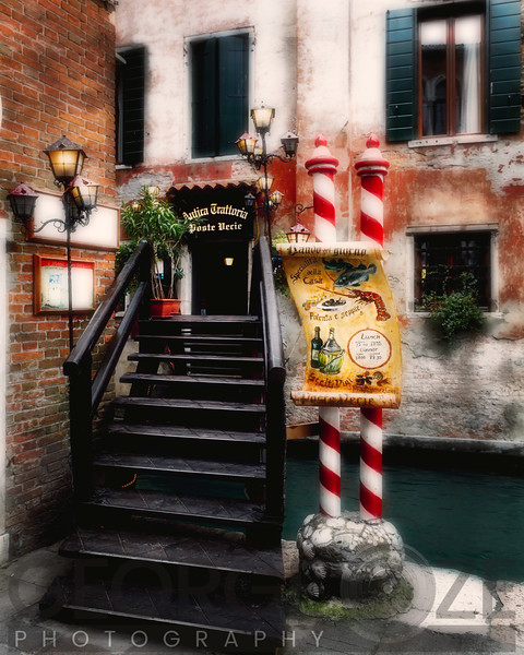 Foot Bridge in Rialto, Venice, Veneto, Italy