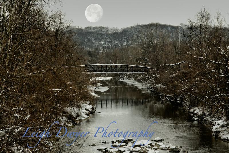 Moon in stream scene-2