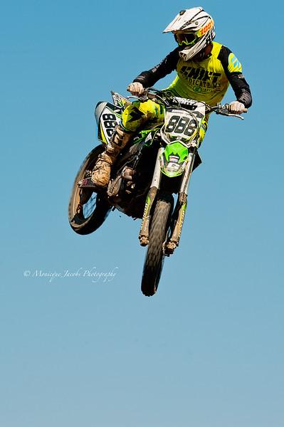 moto-x_071716_7997