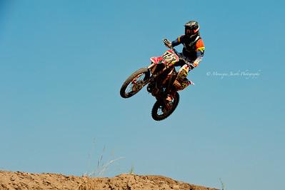 moto-x_071716_8014