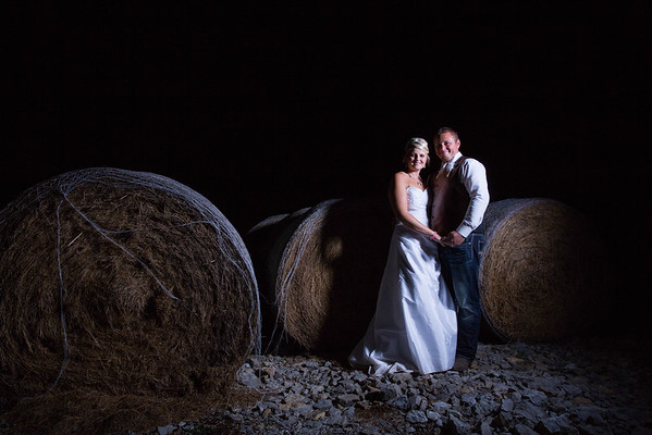 Rustic Green Bay Wedding by Wedding Photographer Fornear Photo