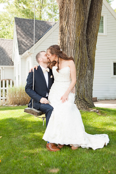 Milwaukee Wedding by Milwaukee Wedding Photographer Fornear Photo
