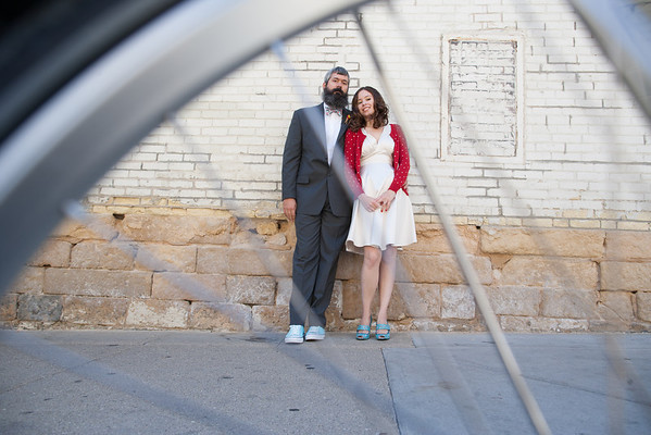 Madison Wisconsin Offbeat Bride Wedding by Offbeat Bride Photographer Fornear Photo