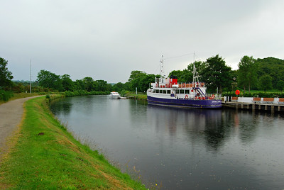 The Jacobite Queen on the Caledonian Canal