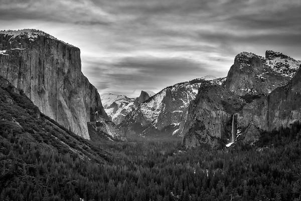 Yosemite Valley-Tunnel View