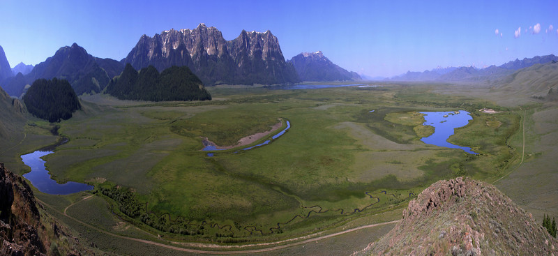 Red Rock Lakes National Wildlife Refuge and Culver Pond, Picnic creek and Centennial Mountains.