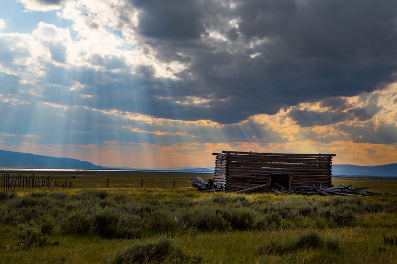 Abandoned old farm building and Crespecular Rays RRLNWR