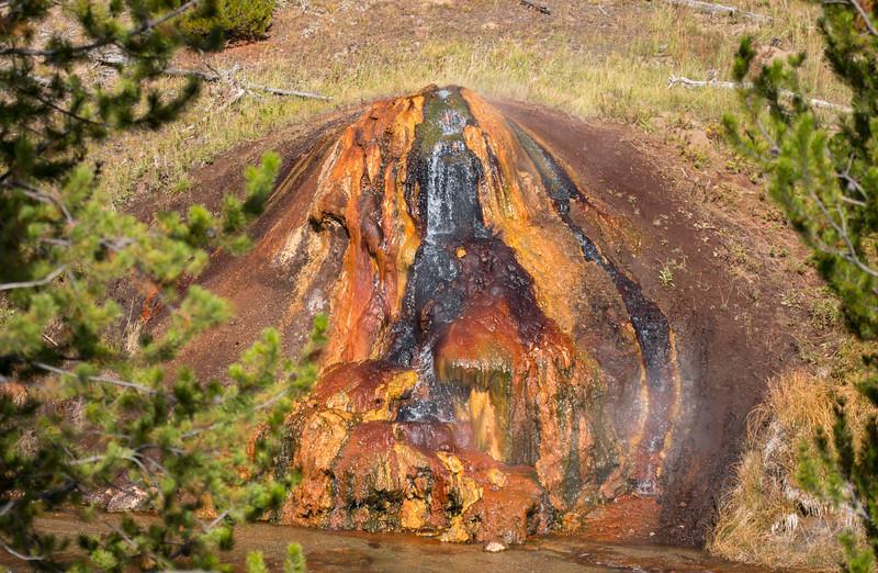 Chocolate Pots Geyser, Gibbon River, Yellowstone