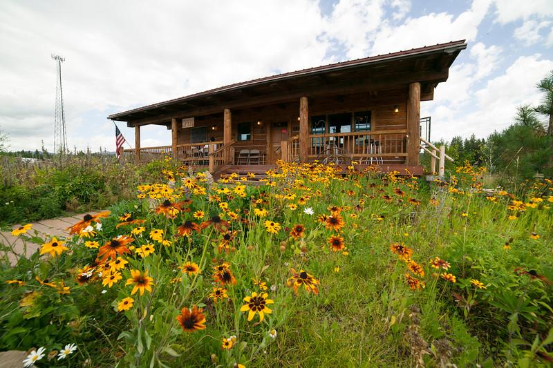 Boondocks Restaurant, Island Park, ID and flowers