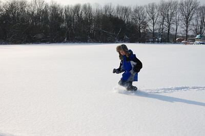 Alex, running through the snow