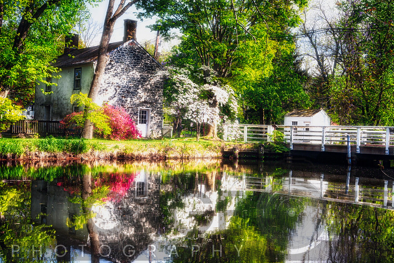 Dream Cottage at the Griggstown Bridge, New Jersey