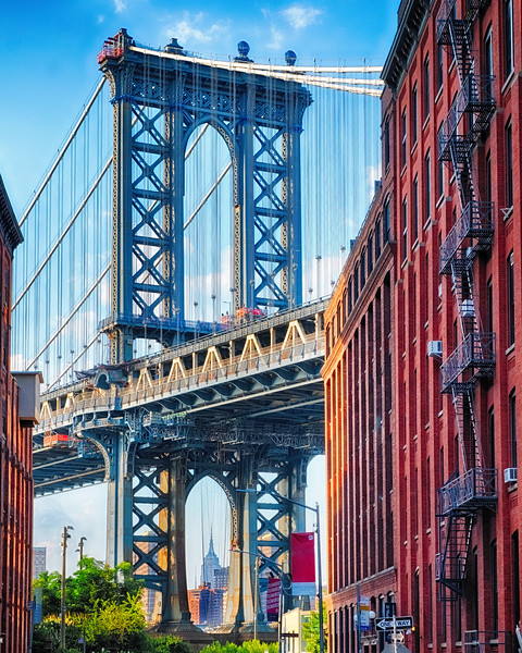 Street View of the  Manhattan Bridge Brooklyn Tower, New York City