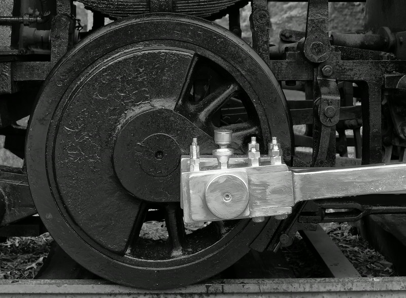 Old Steam Engine Drive Train