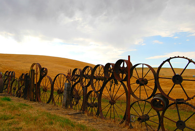 Wagon Wheel Fence, Uniontown, Washington