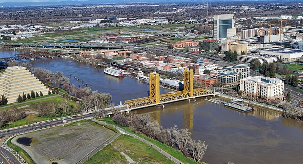 Tower Bridge/Sacramento River