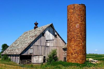 Tama County, Iowa Barn
