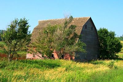 Loess Hills, Iowa,  Barn 2